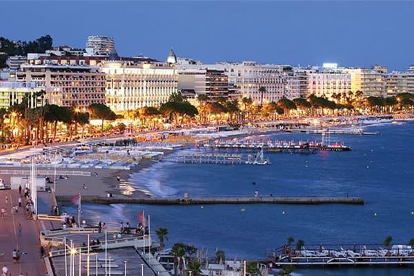 Transfert VTC Nice aéroport vers Cannes